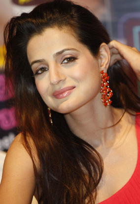 ameesha patel hot video