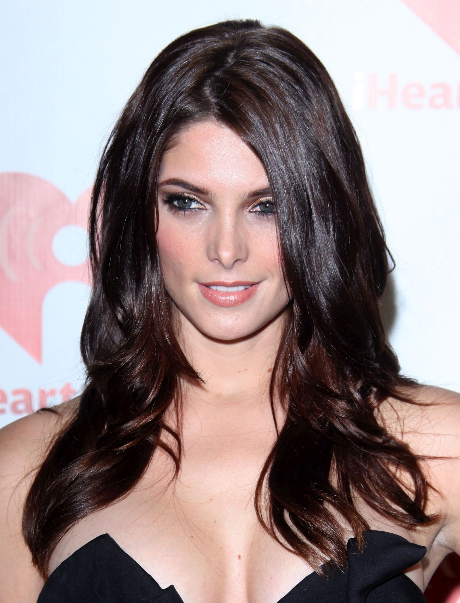 Ashley Greene Height Weight Age Bra Size Affairs Body Stats