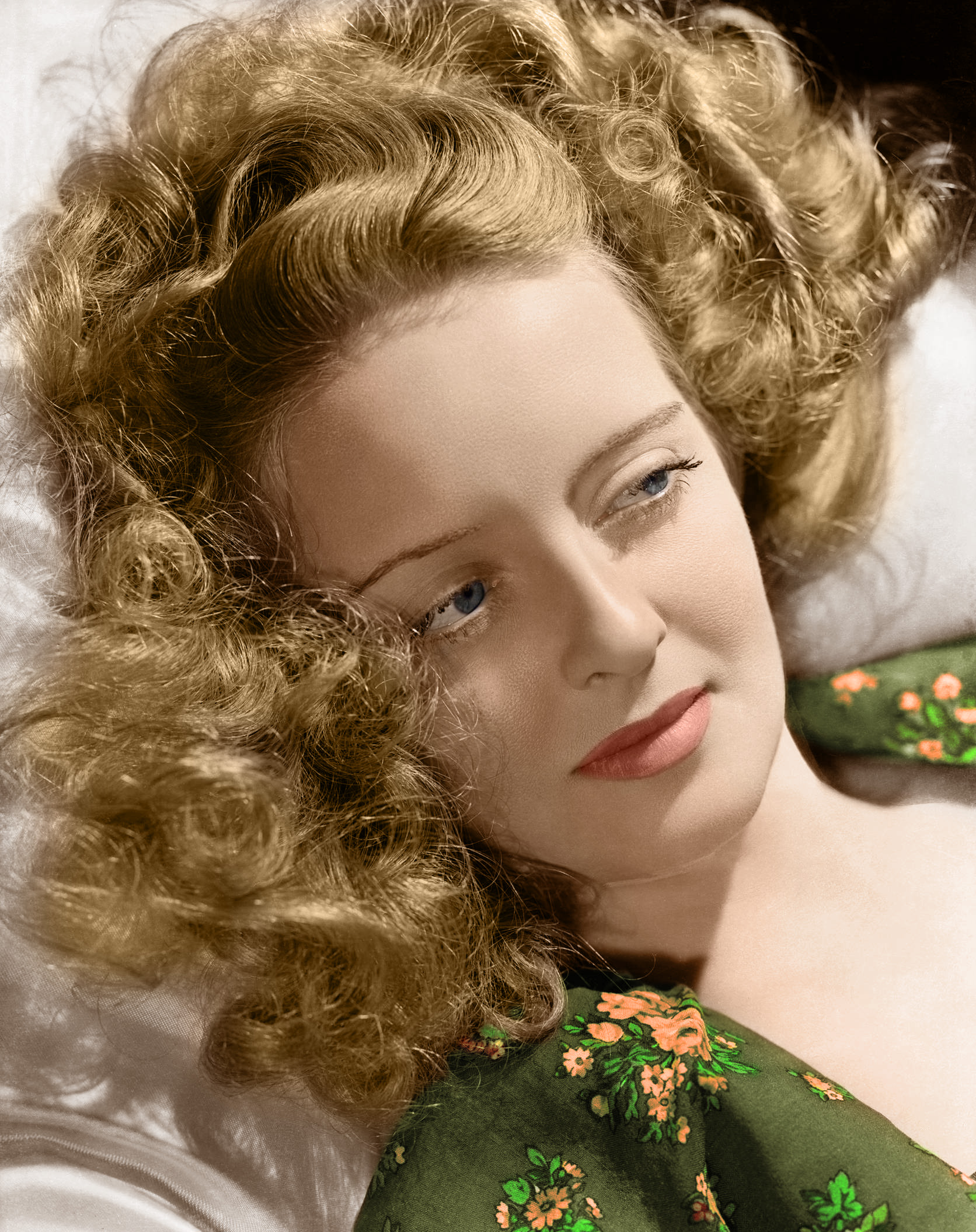 Bette Davis Height Weight Age Bra Size Affairs Body Stats