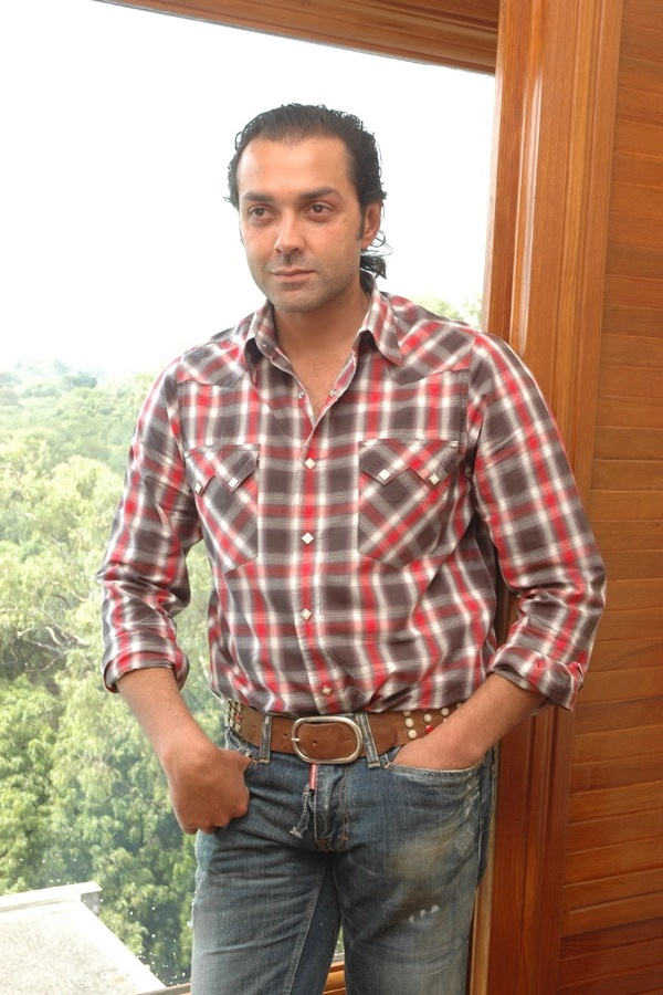 Bobby Deol Height Weight Age Affairs Body Stats