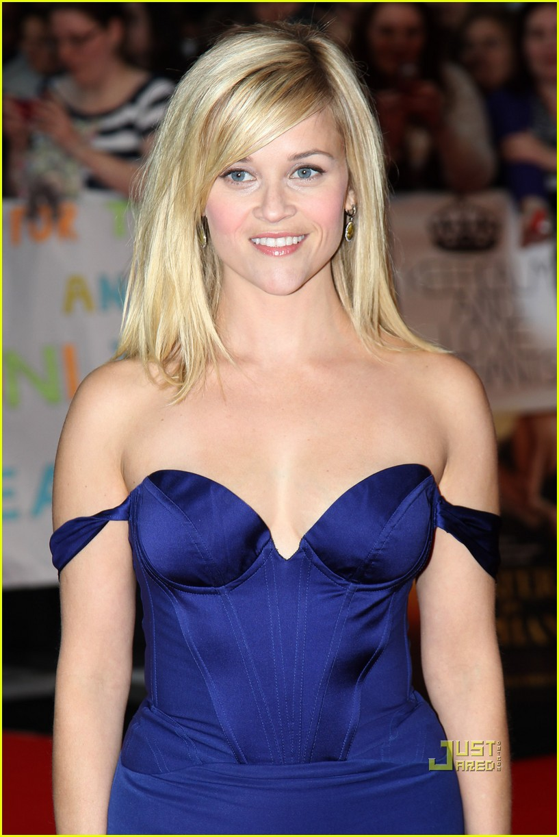 Reese Witherspoon Height Weight Age Bra Size Affairs Body Stats
