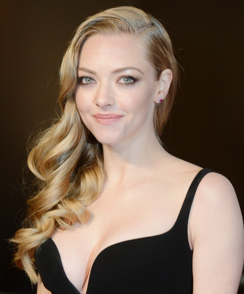Amanda Seyfried Height Weight Age Bra Size Affairs Body Stats