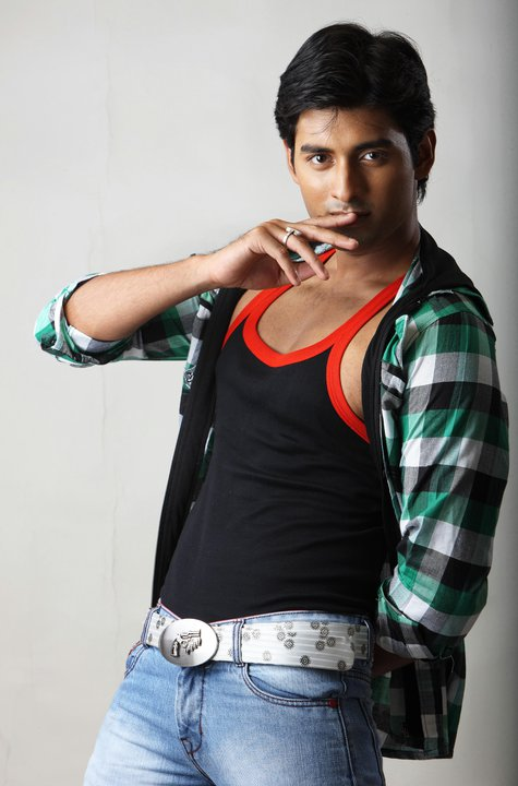 Ankush Hazra Height Weight Age Biceps Size Affairs Body Measurements
