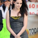 Kristen Stewart Height Weight Age Bra Size Affairs Body Stats