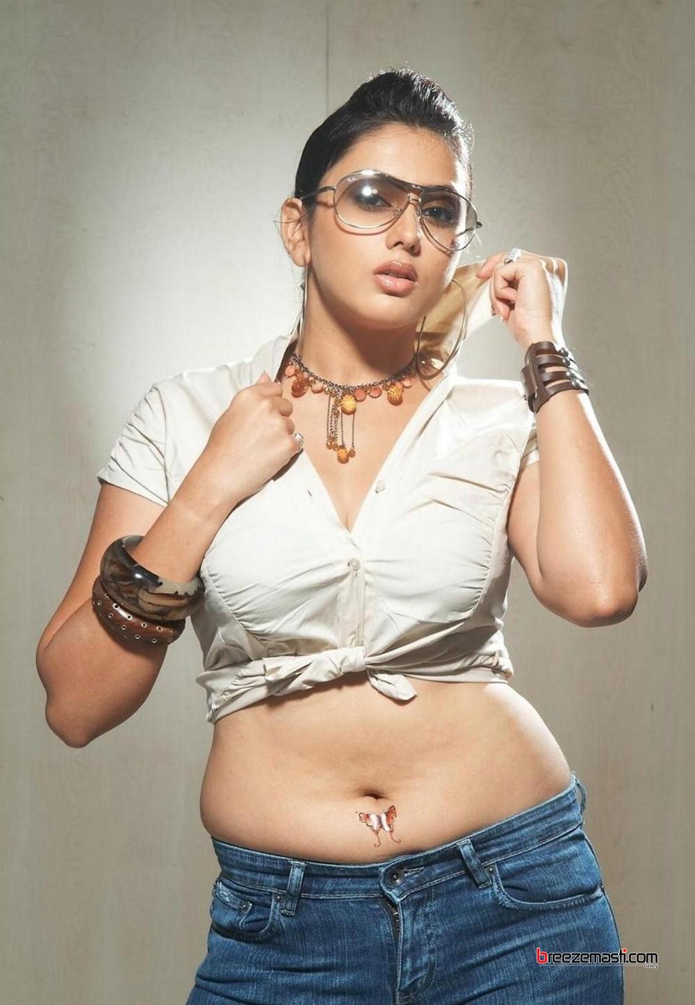 Namitha boob size