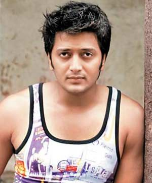 Riteish Deshmukh Height Weight Age Body Statistics Affairs