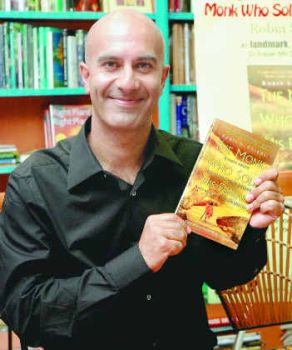 Robin Sharma Height Weight Age Affairs Body Measurements