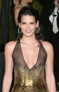 Angie Harmon Height Weight Age Facts Bra Size Statistics Affairs Favorite Things