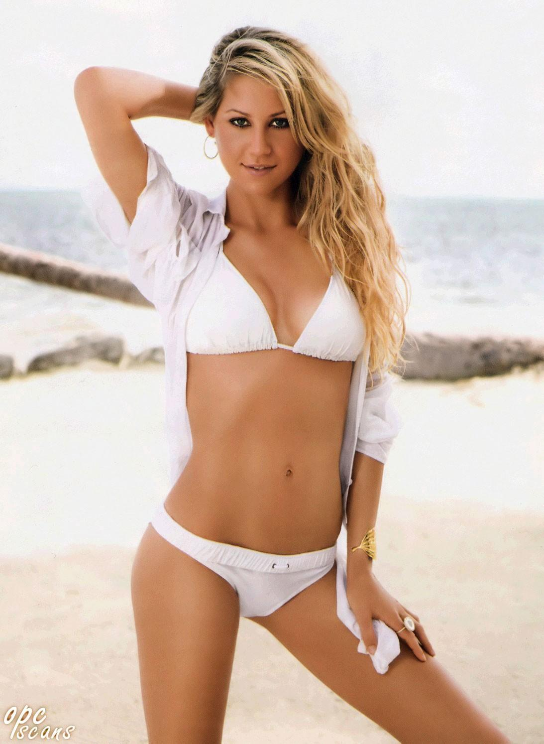 Anna Kournikova Height Weight Age Bra Size Body Stats Affairs Boy Friends Details