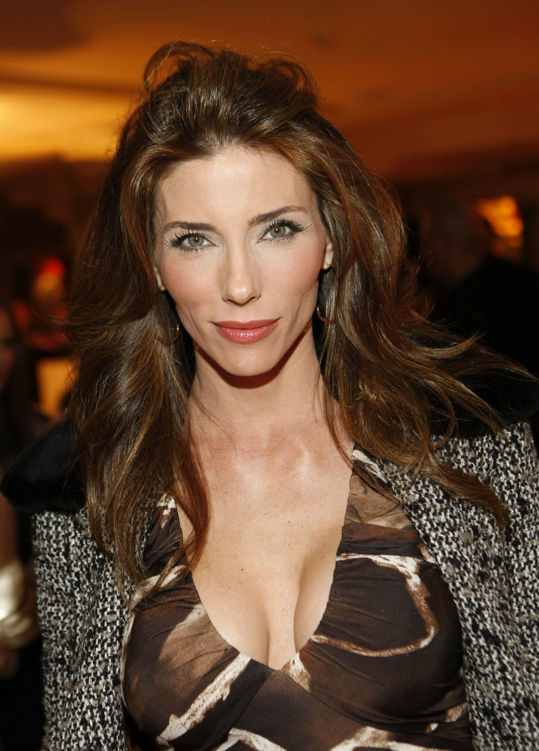 Jennifer Flavin Height Weight Age Bra Size Body Stats Affairs Boy Friends