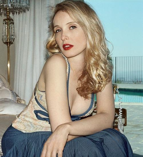 Julie Delpy Height Weight Age Bra Size Body Stats Affairs Boy Friends Details