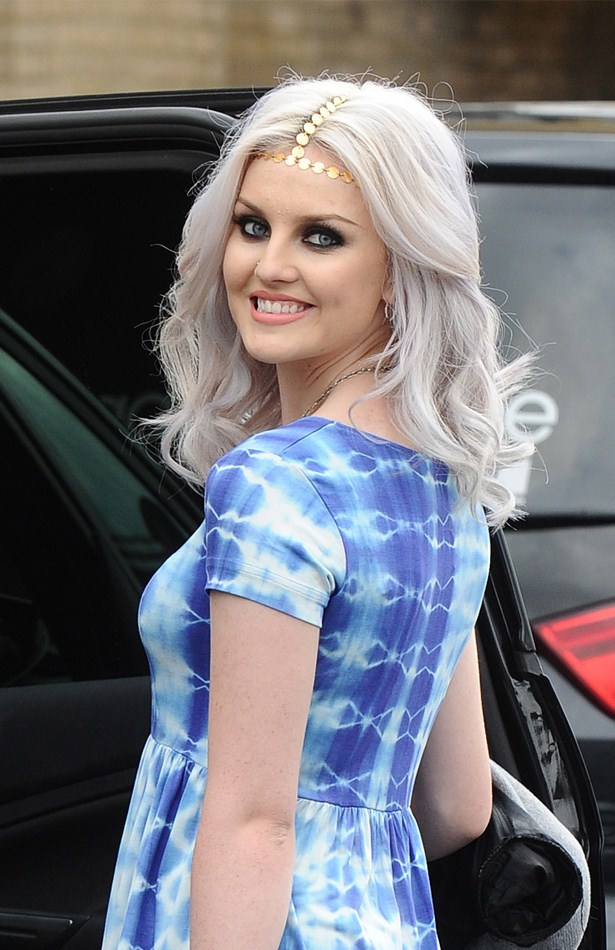 Perrie Edwards Height Weight Age Bra Size Body Stats Affairs Boy Friends
