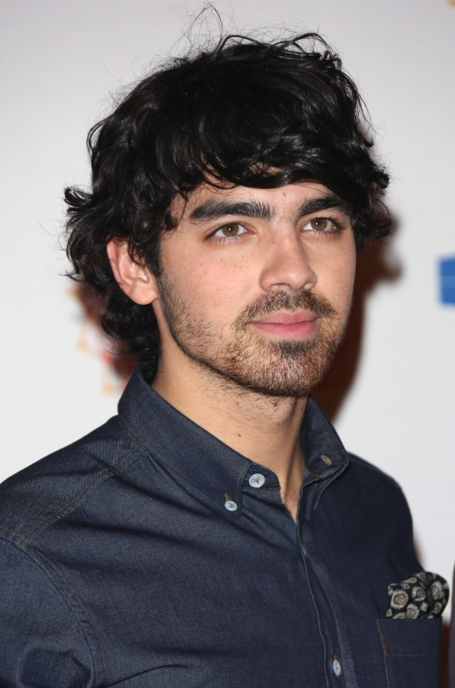Joe Jonas Height Weight Age Body Measurements Affairs Girlfriends
