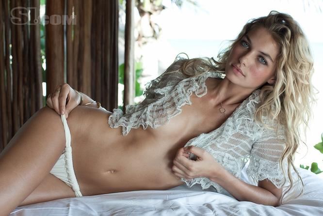 Jessica Hart Age Affairs Height Weight Bra Size Body Statistics