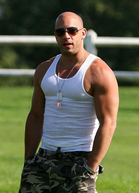 Vin Diesel Height Weight Bicep Chest Size Body Stats Affairs