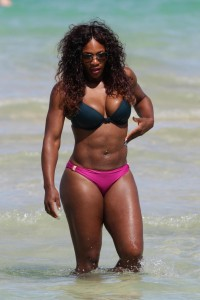 Serena Williams Age Height Weight Figure Body Stats Facts Affairs Records Favorite Things