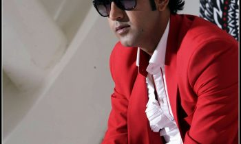 Gippy Grewal Measurements Weight Height Affairs Favorite Things Biceps Shoe Size