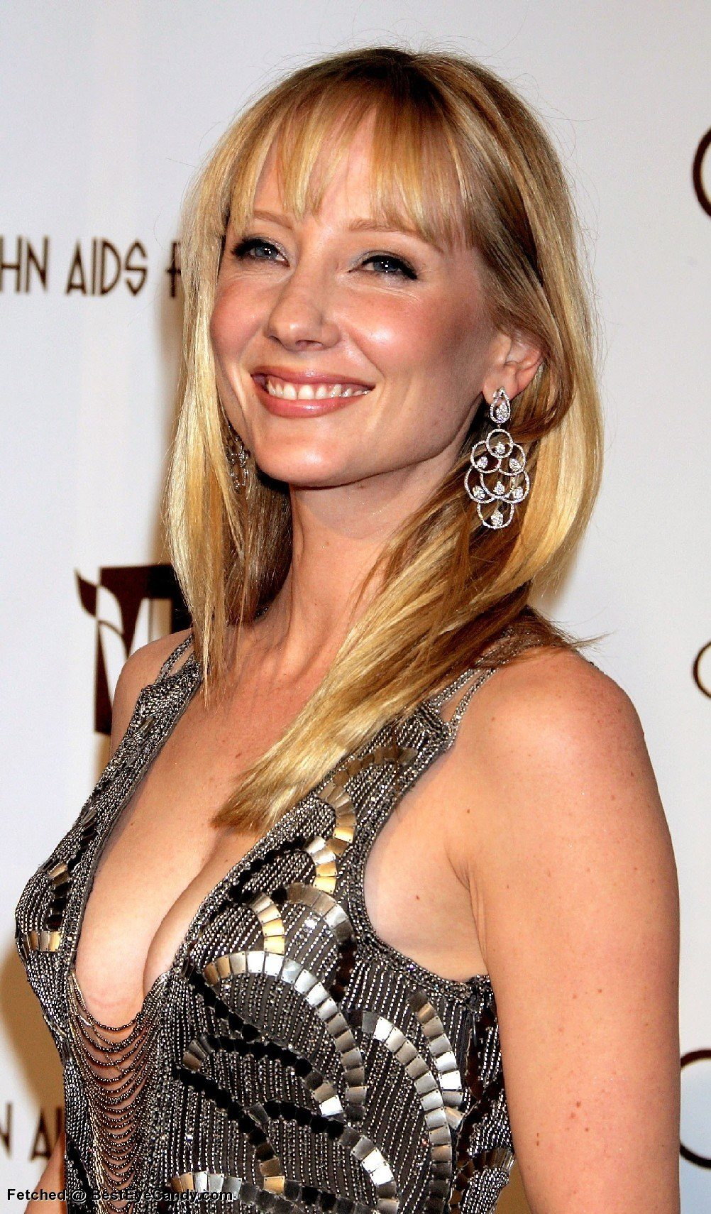 anne-heche-height-weight-age-bra-size-body-stats-affairs-boy-friends-3