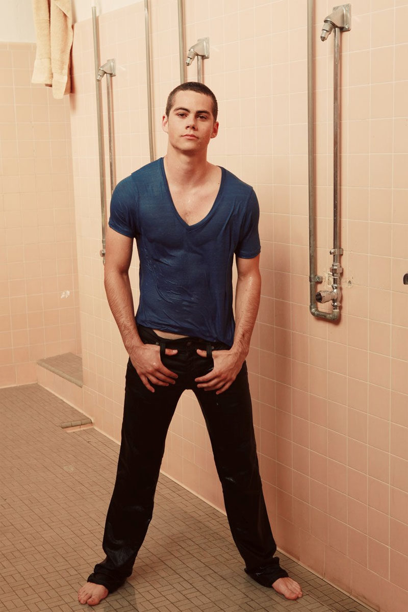 dylan-oe28099brien-height-weight-age-affairs-girlfriends-body-stats-details-2