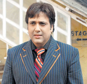 govinda-height-weight-age-affairs-body-stats-bollywoodfox-2