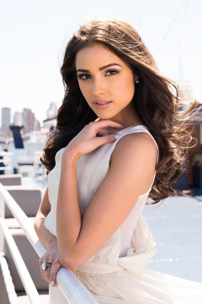 olivia-culpo-height-weight-age-bra-size-body-measurements-affairs-3