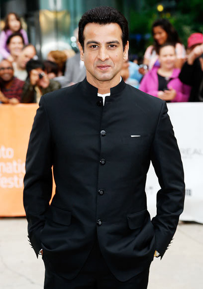 ronit-roy-height-weight-age-affairs-body-stats-5