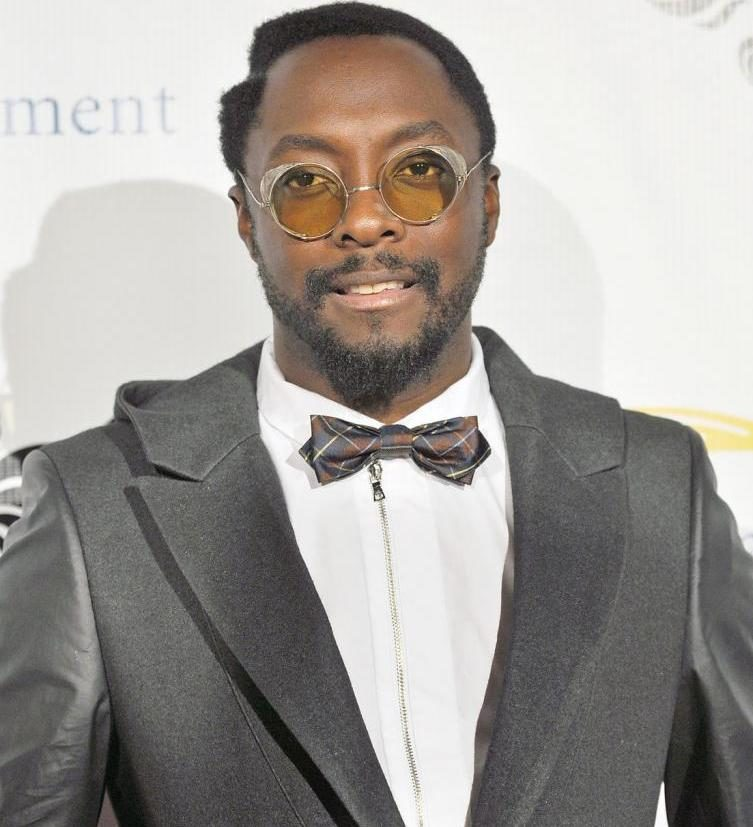 will-i-am-height-weight-age-body-stats-affairs-girlfriends-2